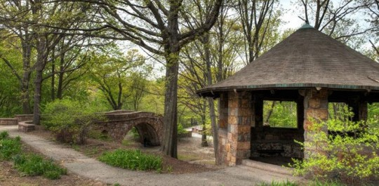 Figure 1: Picturesque features in the Emerald Necklace Park. (Courtesy of the Emerald Necklace Conservancy)